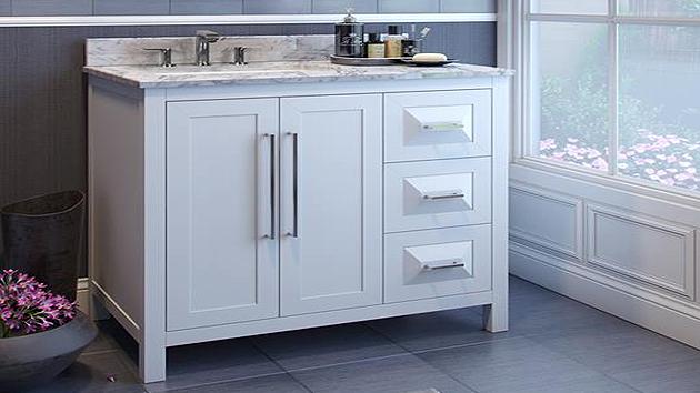 Naples Kitchen and Bath - Jeffrey Alexander - Vanities Mirrors